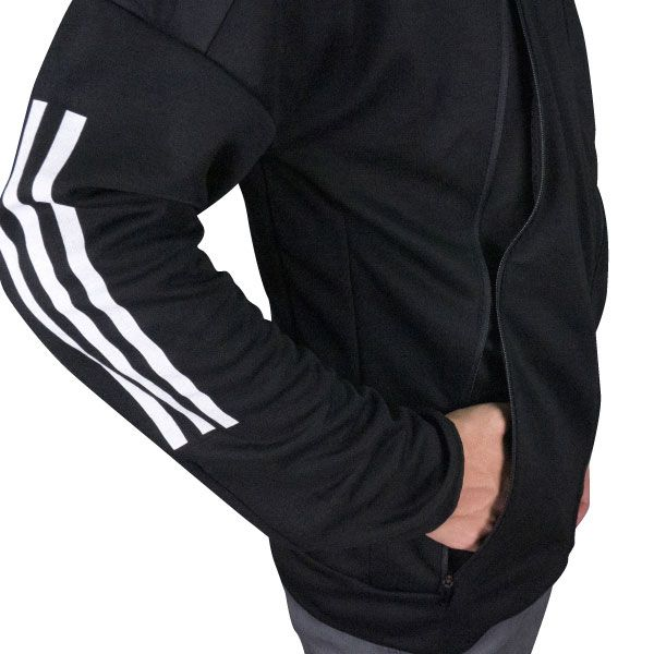 adidas ハイブリッドパーカー(XOサイズ)