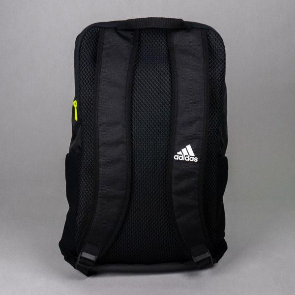 adidas アスリートIDバックパック